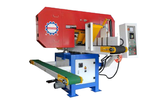 MJ357A Horizontal band saw for square timber