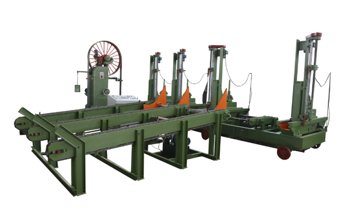 Wood band saw carriage